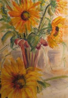 Glass-vase-&-Sunflowers