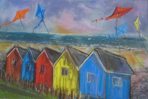 Kites over beach huts (2) (800x540)
